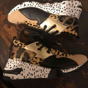Steve Madden Leopard/Cheetah mix sneakers